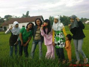 liburan anak SMA, 2010.